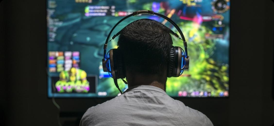 Китайские дети не смогут играть в онлайн-игры больше 3 часов в неделю